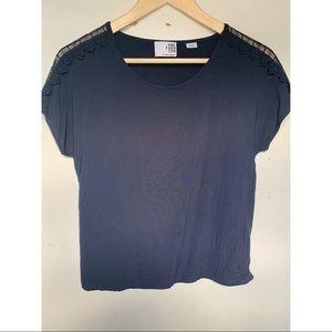 Navy blue tee shirt